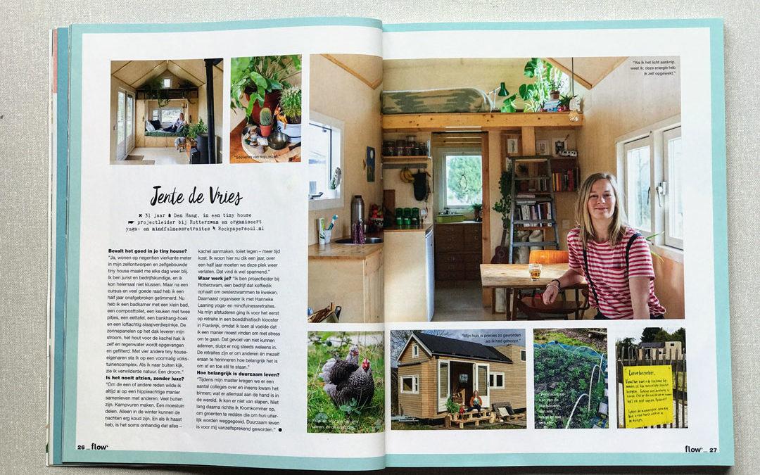Jente in haar tiny house in de Flow
